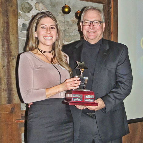 Entrepreneur-of-the-Year-Brad-Oke-SmackwaterJacks-presented-by-Tina-Hayter